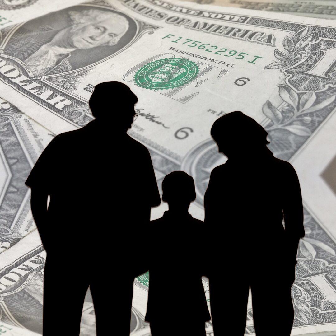 La aceptación de la herencia a beneficio de inventario vs obligaciones tributarias pendientes